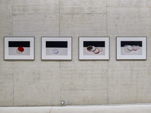 Tin lids (2012) / Series of 4 photographs, C-Print / 40 x 60 cm